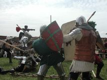 Cavaleiros Jousting no castelo teutonic Fotografia de Stock