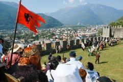 Cavaleiros na ação durante o festival anual do renascimento Fotografia de Stock Royalty Free
