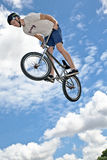 Cavalier du cascade BMX Photo stock