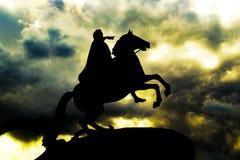 Cavalier en bronze à St Petersburg Photo stock