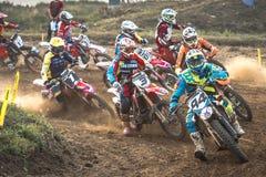 Cavalier non défini sur le championnat polonais de motocross Photographie stock