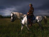 Cavaliere al tramonto Immagini Stock