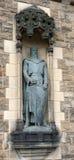 Cavaliere all'entrata del castello di Edimburgo immagine stock libera da diritti