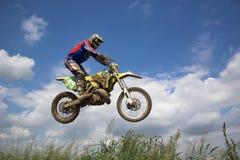 Cavaliere di motocross Fotografia Stock