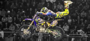 Cavaliere di stile libero della motocicletta Fotografia Stock