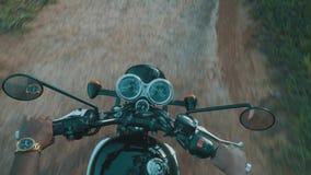 Cavaliere libero del motociclo stock footage