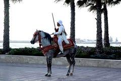 Cavaliere marocchino al tramonto Fotografia Stock Libera da Diritti
