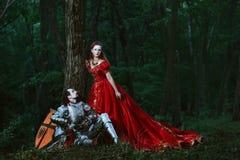Cavaliere medievale con signora Fotografia Stock Libera da Diritti