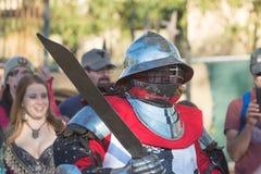 Cavalieri che combattono esecuzione durante Nottingham immagini stock libere da diritti