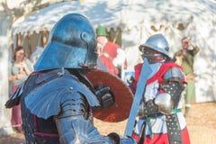 Cavalieri che combattono esecuzione durante Nottingham fotografia stock