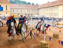 Cavalieri di Szeklers sui cavalli fotografia stock