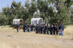 Cavaliers attendant la bataille Images stock