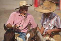 Cavallerizzi messicani di charros in sombreros, TX, Stati Uniti Immagine Stock Libera da Diritti