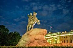 Cavallerizzo bronzeo - statua di Peter le grande a St Petersburg Fotografie Stock