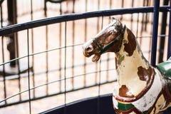 Cavallo antico del carosello Immagini Stock
