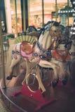 Cavallo del carosello su un girotondo di carnevale Fotografie Stock