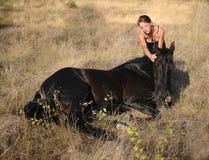 Cavallo teenager di amicizia Immagini Stock Libere da Diritti