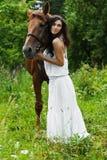 Cavalo da mulher do retrato Fotos de Stock Royalty Free