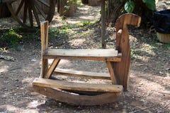 Cavalo de balanço de madeira antigo Fotos de Stock Royalty Free