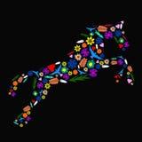 Cavalo feito das flores Imagens de Stock Royalty Free
