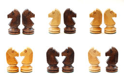 Cavalos da xadrez na vária posição fotografia de stock royalty free