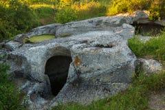 Cave a cidade Bakla em Bakhchysarai Raion, Crimeia Fotografia de Stock