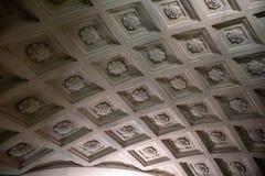Cave classique à la station de métro images libres de droits