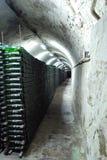 Cave d'établissement vinicole criméen sur l'intérieur. photographie stock libre de droits