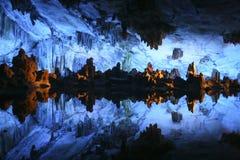 cave di flute lu芦苇严 库存照片