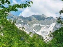 Cave di marmo nelle alpi di Apuane, Italia Fotografie Stock