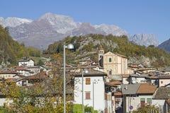 Cavedine - горное село в Trentino Стоковые Изображения RF