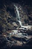 Cavel камня Mistic в горах стоковые фото