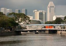 Cavenagh-Brücke in Singapur Lizenzfreie Stockfotos