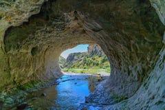 Cavern w jama strumienia scenicznej rezerwie, nowy Zealand 8 fotografia royalty free