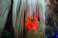 Caverna da atração e bonito em Tailândia fotos de stock royalty free
