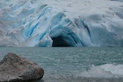 Caverna da geleira fotografia de stock