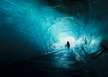 A caverna da geleira de Mer de Glace, Chamonix, França fotografia de stock royalty free