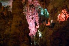 Caverna de Emine-bair-hosar (Mammoth), Crimeia, Reino Unido Imagem de Stock Royalty Free