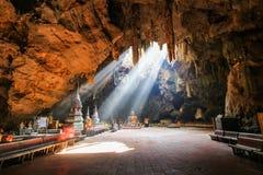Caverna de Khao Luang, Phetchaburi Tailândia Imagens de Stock