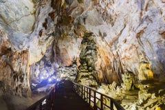 Caverna de Paradise no parque nacional do golpe de Phong Nha-KE, local do patrimônio mundial do UNESCO em Quang Binh Province, Vi foto de stock royalty free