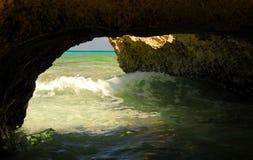 Caverna del mare Immagini Stock