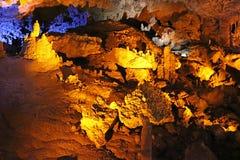 Caverna di Avshalom, anche conosciuta come la caverna di Soreq, grandi stalattiti scava vicino a Bet Shemesh Fotografia Stock Libera da Diritti