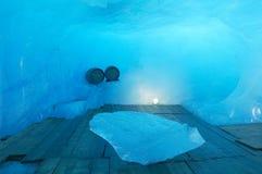 Caverna di ghiaccio fotografia stock libera da diritti