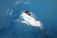Caverna di ghiaccio del ghiacciaio di Fox fotografia stock libera da diritti