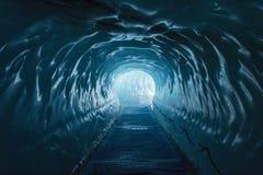 Caverna di ghiaccio Mer de Glace fotografia stock