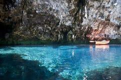 Caverna di Melissani, Kefalonia, Grecia immagine stock