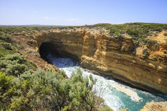 Caverna di tuono, grande strada dell'oceano, Australia Immagine Stock