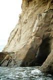Caverna do mar perto do cabo Kiwanda fotos de stock