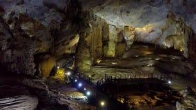 Caverna do paraíso da vista geral da beleza infinita e pristine video estoque