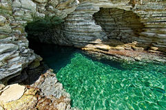 Caverna do selo em Kastos Fotografia de Stock